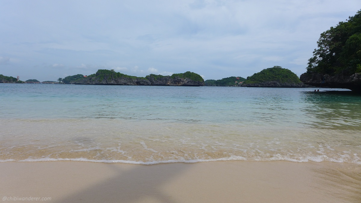 Beach in Marcos Island (Hundred Island Philippines)